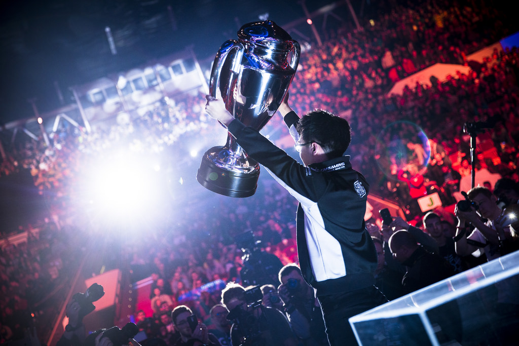 eSports-IQ-Week-10-What-does-eSports-on-TV-really-need