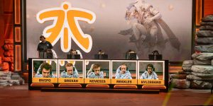 Fnatic Worlds 2019 - Stage